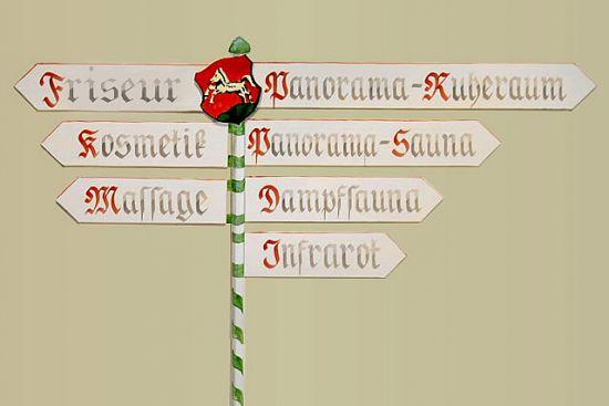 Wegweiser Wellnessbereich Gasthof Bacher